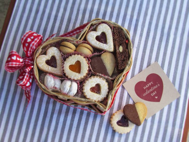 Valentines Day assortment - Cookies Con Amore